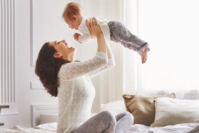 Як розпізнати, що у немовляти коліки?